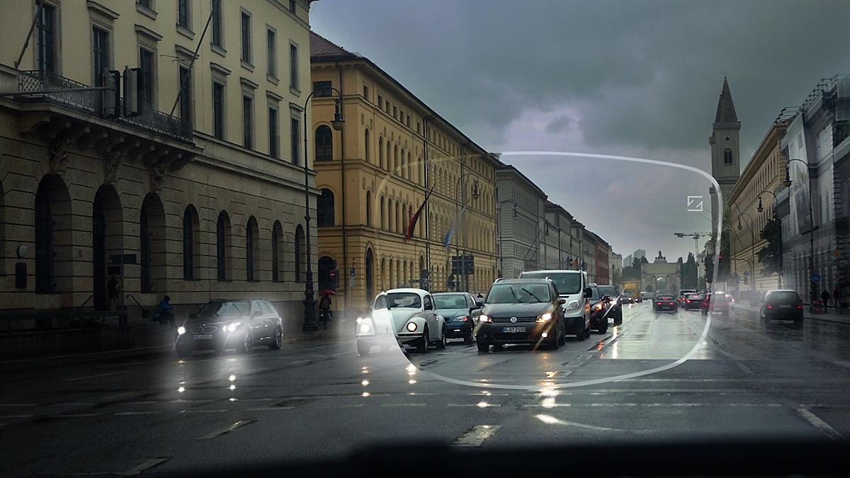 Bedre syn under forhold med svagt lys gør det mere sikkert og behageligt at køre bil